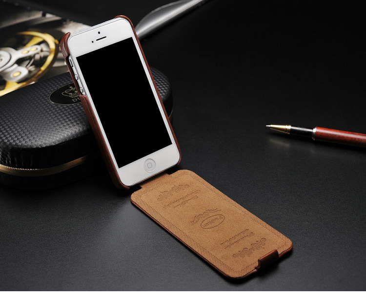 Leather Flip Cover Case for iPhone 4 / 5 - Case Papa