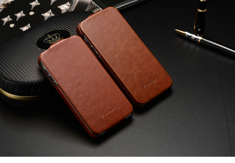 the latest 0bdf8 686d7 Leather Flip Cover Case for iPhone 4 / 5